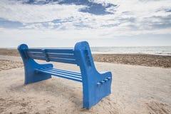 长凳蓝色 免版税库存图片