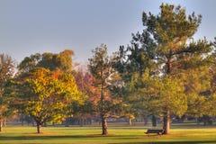 长凳路线高尔夫球绿化hdr 免版税图库摄影