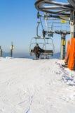 长凳驾空滑车的挡雪板 免版税库存图片