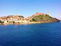 长处史特拉在费拉约港,意大利 库存照片