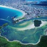 长处海滩鸟瞰图在卡波弗里奥海滩,里约热内卢,巴西的 库存照片