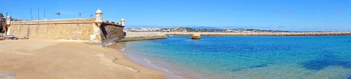 从长处da Bandeira的全景在拉各斯葡萄牙 免版税库存图片