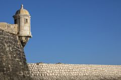 长处da Ponta da Bandeira在拉各斯葡萄牙 免版税图库摄影