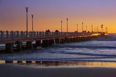 长处dei在日落的marmi的码头 免版税库存照片