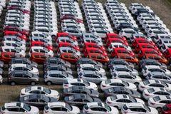 长安汽车Co 位于北京的中心商务区的心脏,包括旅馆,办公室,公寓,展览室和商城的CWTC,是在北京和其中一根据的许多跨国公司的第一个选择最大的高级商业混杂用途发展中在世界上 渝北工厂车运输领域 库存图片