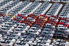 长安汽车Co 位于北京的中心商务区的心脏,包括旅馆,办公室,公寓,展览室和商城的CWTC,是在北京和其中一根据的许多跨国公司的第一个选择最大的高级商业混杂用途发展中在世界上 渝北工厂车运输领域 库存照片