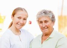 年长家庭护理 图库摄影