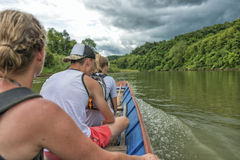 长尾巴小船湄公河,老挝 免版税库存图片
