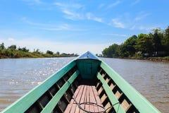长尾巴小船,缅甸的(Burmar) inle湖 免版税库存照片
