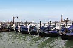 长平底船在威尼斯,意大利 免版税库存图片