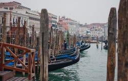 长平底船威尼斯 免版税库存照片