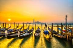 长平底船意大利威尼斯 免版税库存照片