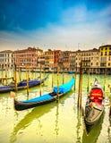 长平底船意大利威尼斯 免版税图库摄影