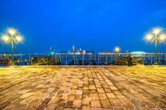 长平底船意大利威尼斯 库存照片