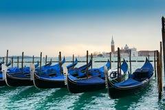 长平底船在威尼斯 免版税图库摄影