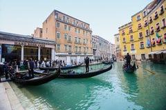长平底船驻地在威尼斯 免版税库存图片