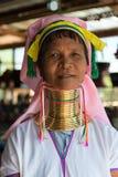 长收缩的卡扬Lahwi妇女 免版税图库摄影