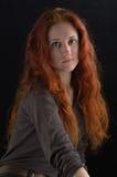 长期女孩头发红色 免版税库存图片