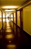 长期黑暗的走廊 库存照片