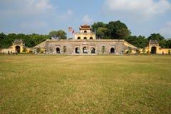 长期Thang一座古老城堡的多安角星期一门南部的门的看法  图库摄影
