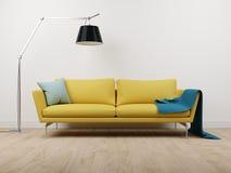 长沙发和灯 免版税图库摄影