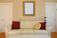 长沙发客厅 免版税库存图片