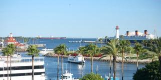 长海滩的港口 库存图片