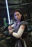 长滩可笑的商展Jedi骑士 免版税库存图片