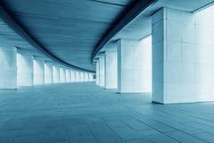 长的宽走廊 免版税库存照片