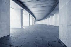 长的宽走廊 库存图片