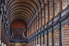 长的屋子在老图书馆,三一学院,都伯林, Irela里 免版税库存图片