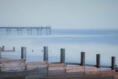 长的曝光摄影图象海码头在Regis被采取的Bognor南海岸英国英国 免版税库存图片
