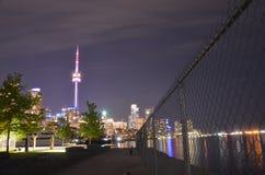 长的曝光至多拥挤城市在加拿大 图库摄影