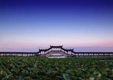 长的桥梁在江苏中国, jinxi aicent镇  免版税库存图片