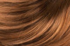长的红色人的发光的头发 免版税库存图片
