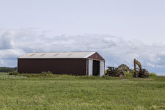 长的红色谷仓 库存图片
