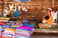 长的脖子妇女,泰国 免版税图库摄影
