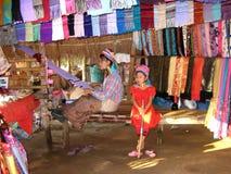 长的脖子村庄, Chiangmai 免版税库存图片