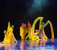 长的袖子是在舞蹈-舞蹈戏曲的一个好处神鹰英雄的传奇 库存照片