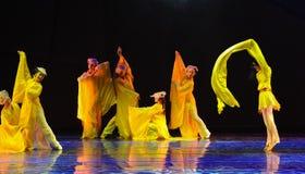 长的袖子舞蹈这舞蹈戏曲神鹰英雄的传奇 免版税库存图片