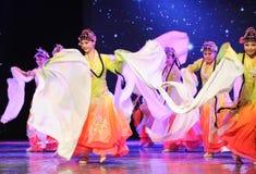 长的袖子舞蹈-所有花一起开花-京剧舞蹈 免版税库存照片