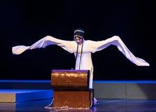 """长的袖子这紫色簪子--江西linchuan† opera""""four梦想  免版税库存照片"""