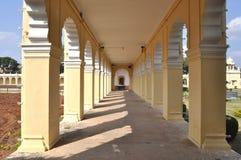 长的走廊。 库存图片