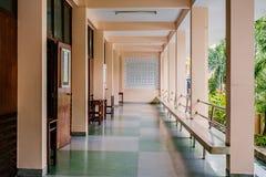 长的走廊或段落 库存图片