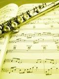 长笛仪器音乐评分 免版税图库摄影