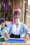 长脖子妇女,缅甸 库存照片