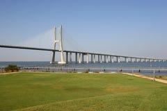 长1座的桥梁 免版税库存照片