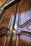 门入口前面家 免版税库存照片