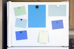 门冰箱 免版税图库摄影