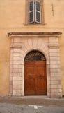 门前意大利语 免版税库存照片